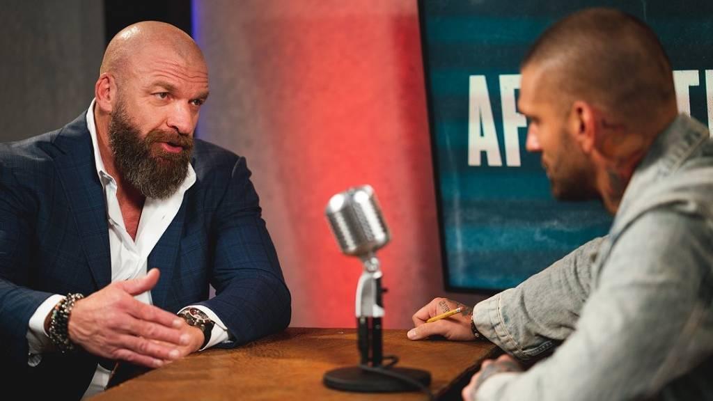 Triple H reprocha a algunas superestrellas el uso de Twitter