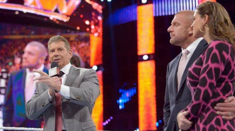 Vince McMahon y la WWE aclaran prohibición a superestrellas-Ph_ Vince McMahon Facebook-www.wrestlingadictos.com