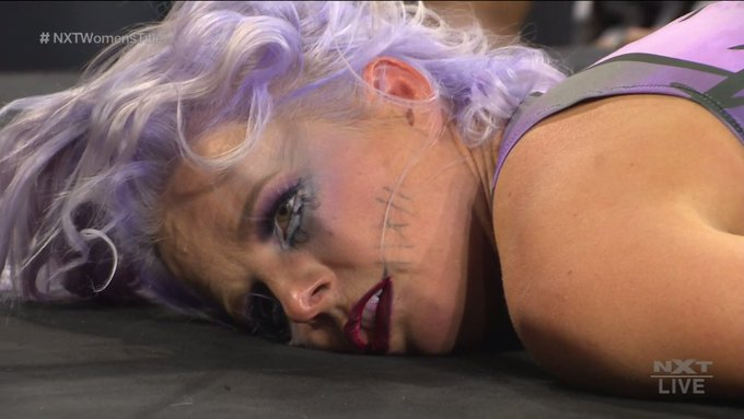 Caída Candice LeRae Halloween Havoc 2020