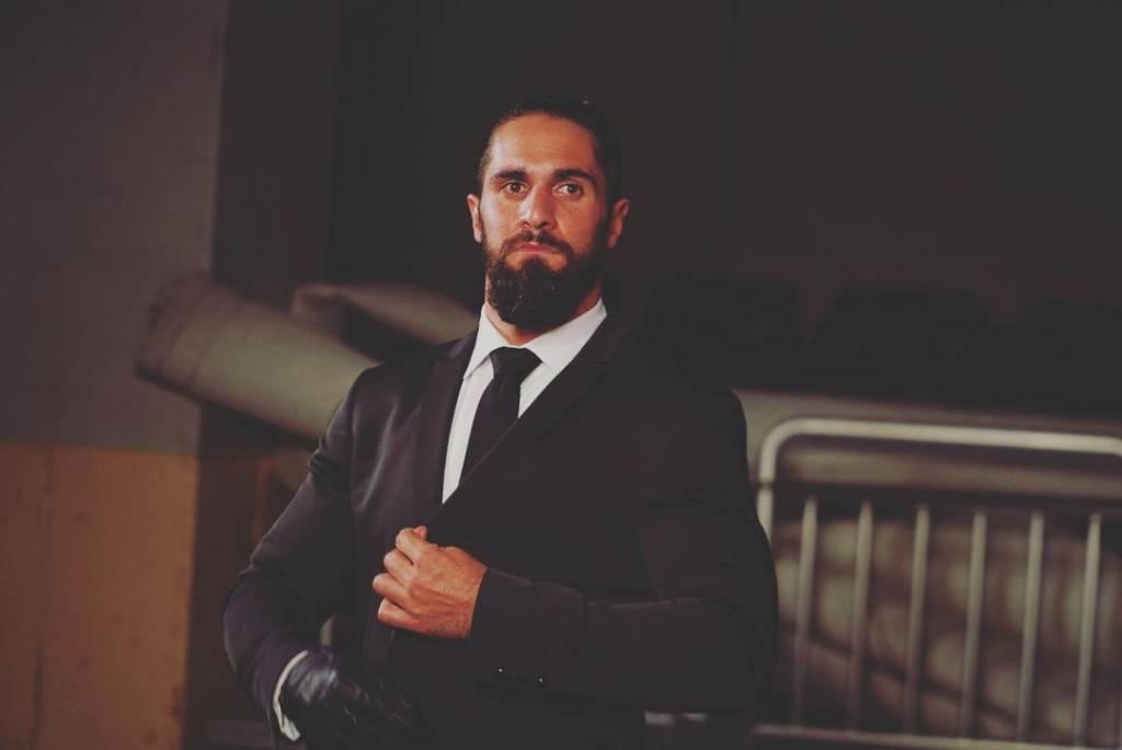 Seth Rollins planes WWE Survivor Series