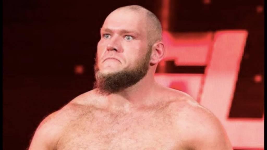 Lars Sullivan despedido WWE