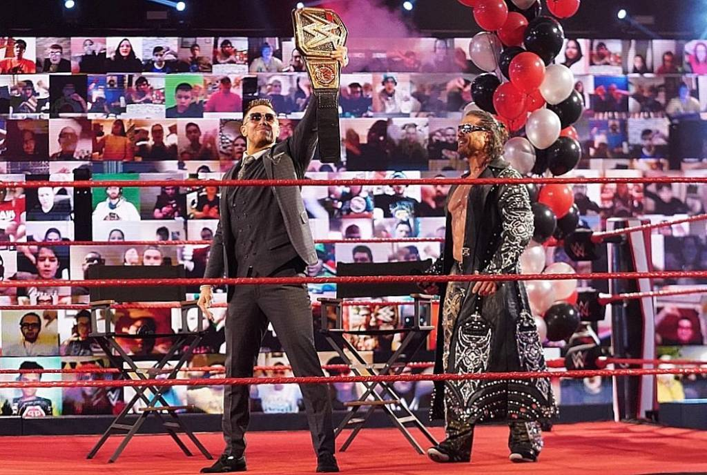 Superestrella Raw se lesiona WWE combate