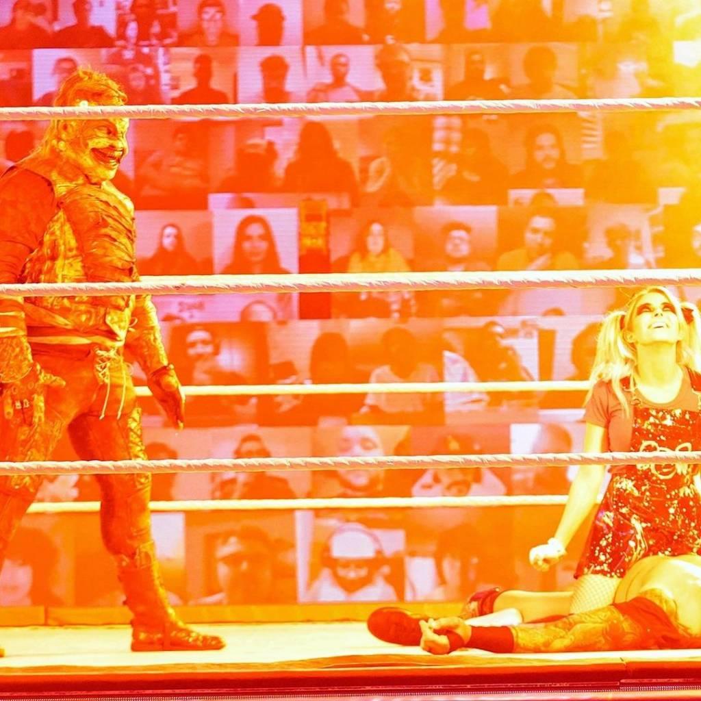 Esposa Randy Orton enojo Alexa Bliss Fastlane 2021