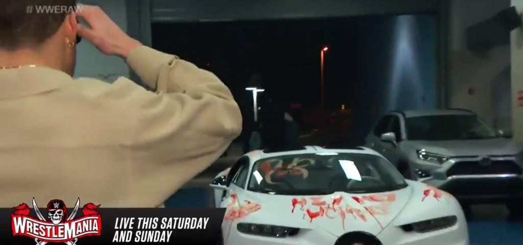 Así quedó Bugatti Bad Bunny WWE Raw