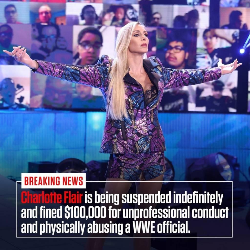 Charlotte Flair sanción atacar árbitro WWE Raw