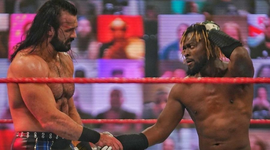 Drew McIntyre vence Kofi Kingston y retador Bobby Lashley