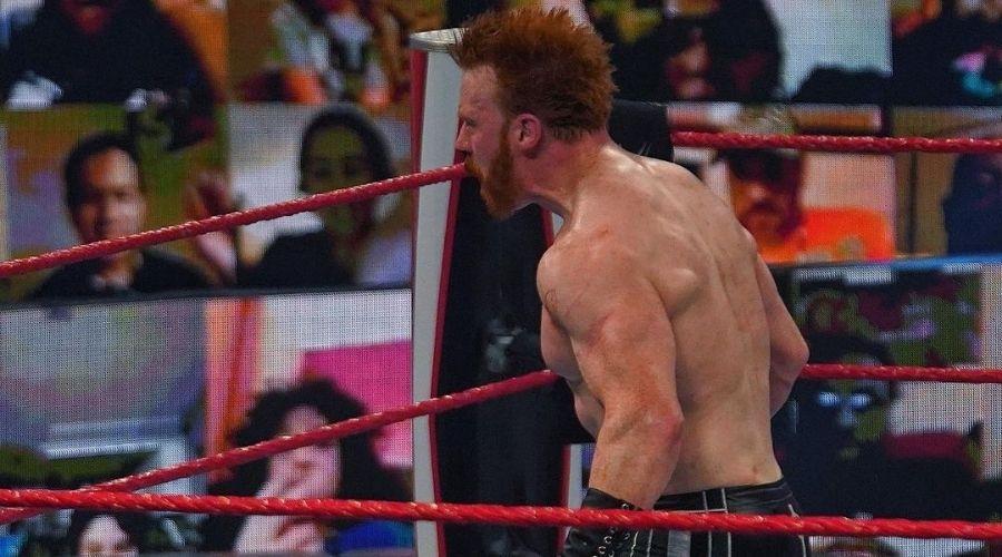 WWE Raw Sheamus fractura nariz Humberto Carrillo