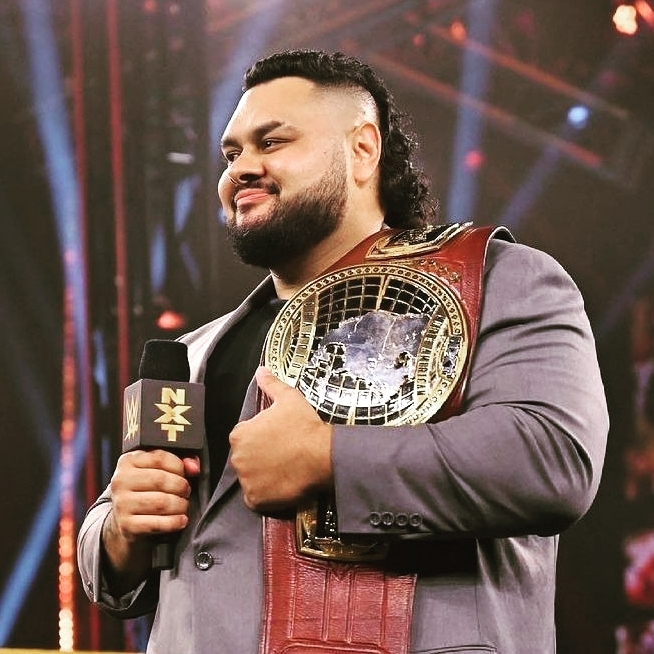 Bronson Reed enfrentar Roman Reigns SmackDown