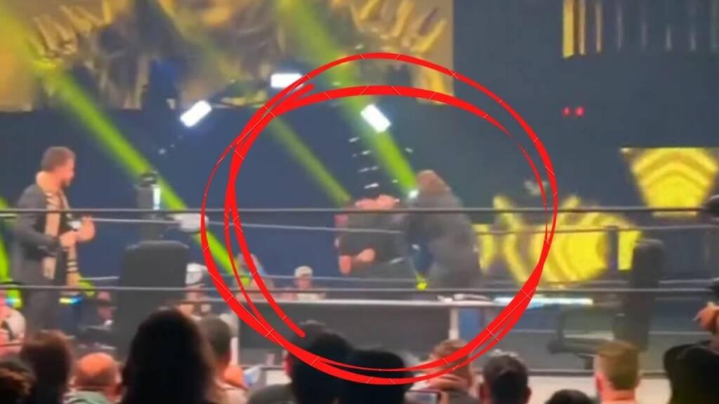 AEW Road Rager 2021 Chris Jericho puñetazo fanático
