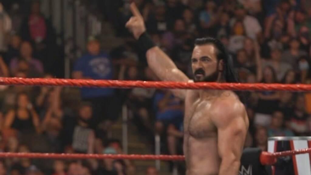 Drew McIntyre vence a Veer