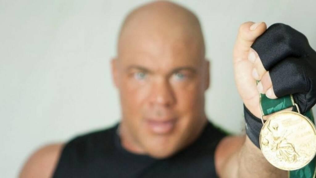 Kurt Angle lucharía AEW dinero suma insólita
