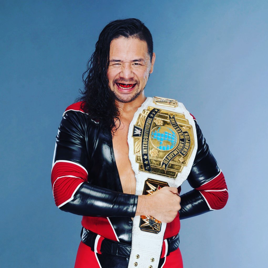 Shinsuke Nakamura gana Campeonato Intercontinental WWE Apollo Crews